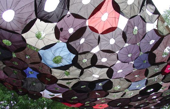 Jean Shin Penumbra 2003 (umbrellas)