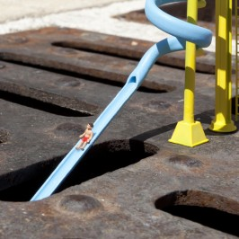 Little People, the tiny street art project by Slinkachu