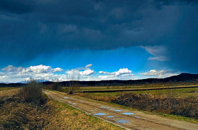 Spring clouds by majamarko on flickr